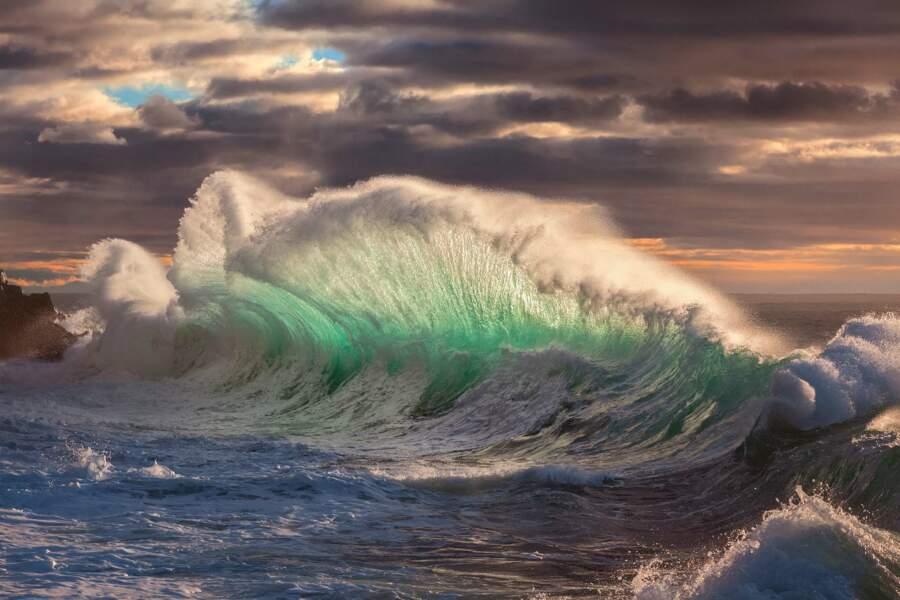 Mer démontée après un orage à Varigotti, en Italie