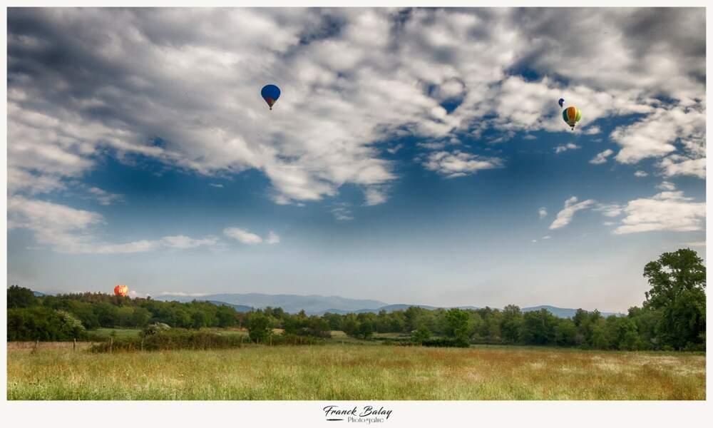 Terre des frères Mongolfière, la tradition du vol en ballon se perpétue dans le temps