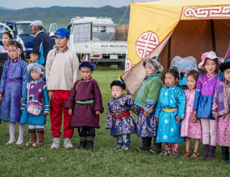 Le festival du feutre ; le feutre : matériel de base ayant une valeur comme l'or dans l'existence des nomades