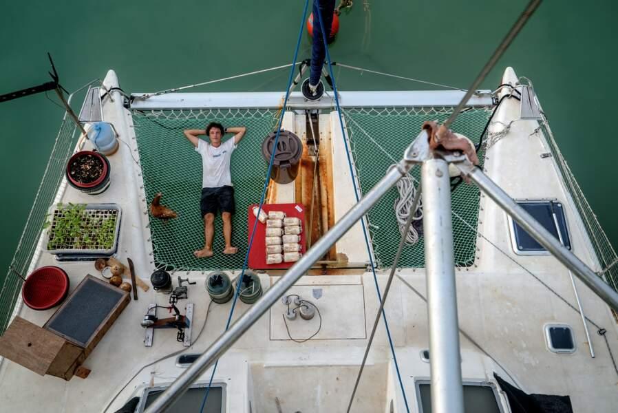 Corentin de Chatelperron, ingenieur et aventurier a bord du catamaran Nomade des Mers
