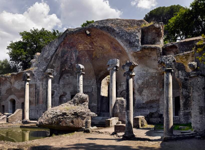 Sérapéum dans le parc de la villa d'Hadrien, à Tivoli