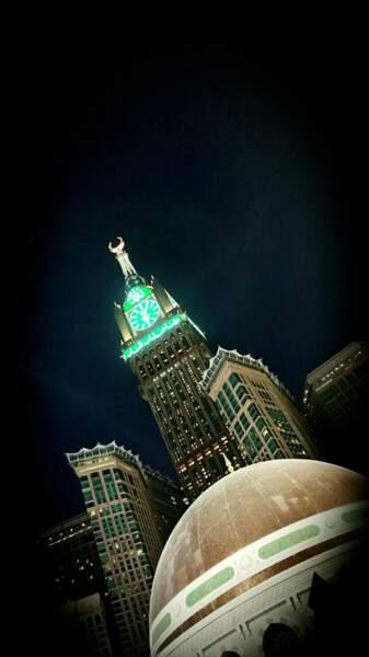 4. La Abraj Al Bait Towers en Arabie Saoudite avec 601 mètres de hauteur (2012)