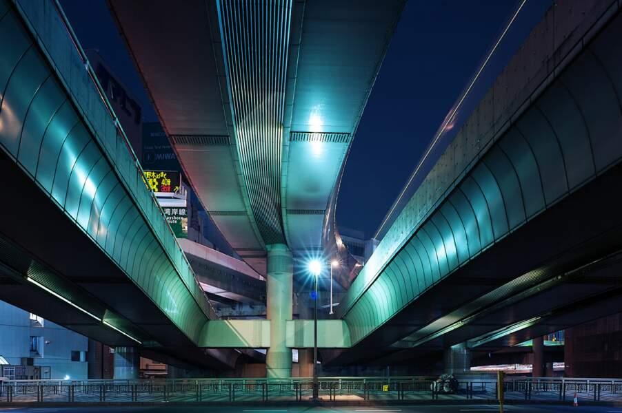 Ambiance de nuit à Tokyo, au Japon