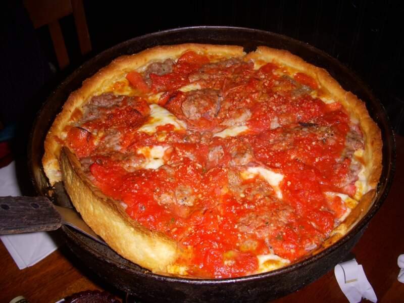 Savourer la pizza de Chicago