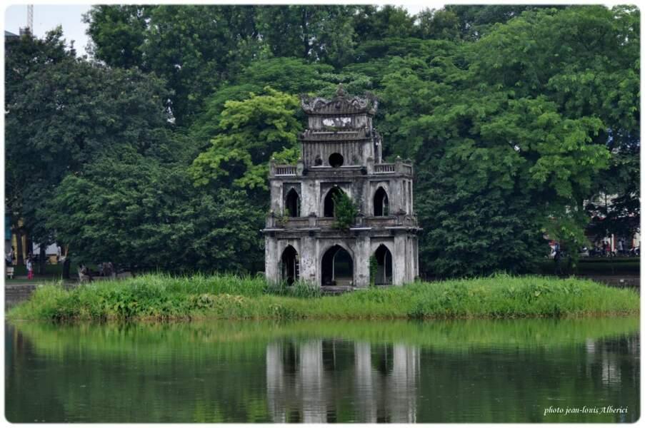 La tour de la Tortue du Lac Hoan Kiem