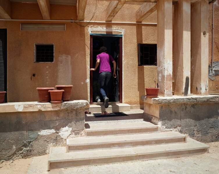 House to House, Tawergha, Libye, 2011