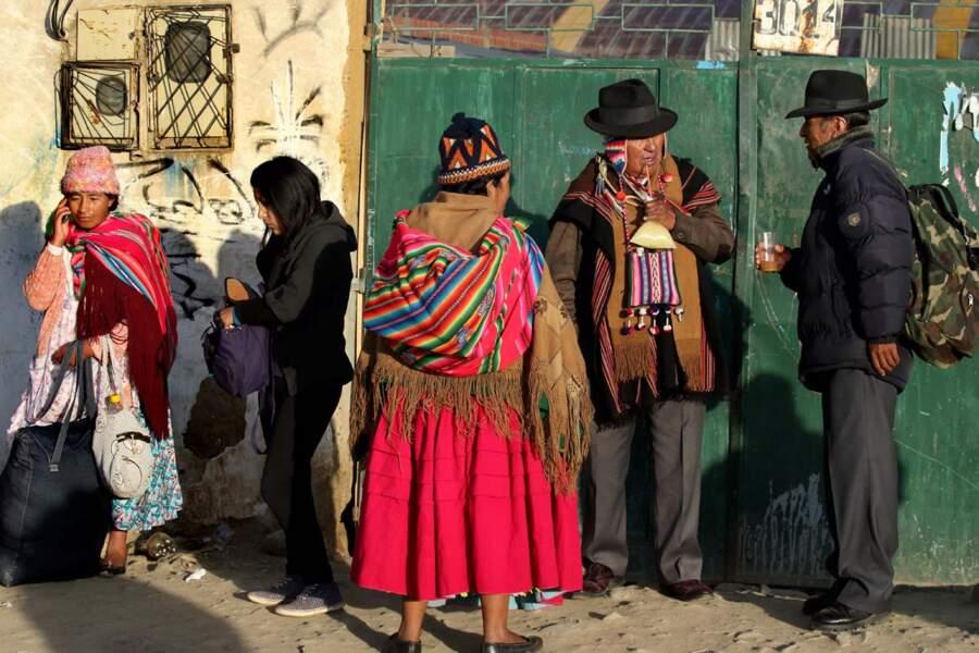 Aymara dans la rue à El Alto