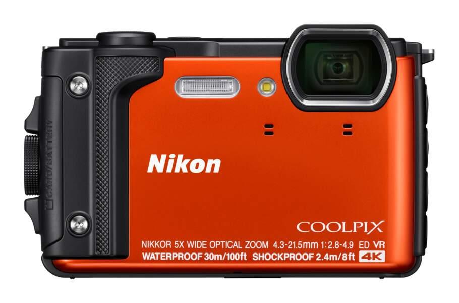 Appareil photo tout-terrain avec vidéo 4K, waterproof jusqu'à 30 m, antichoc jusqu'à 2,4 m