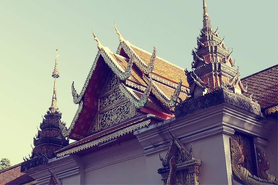 Le temple Doi Suthep, par Julien Bailleux