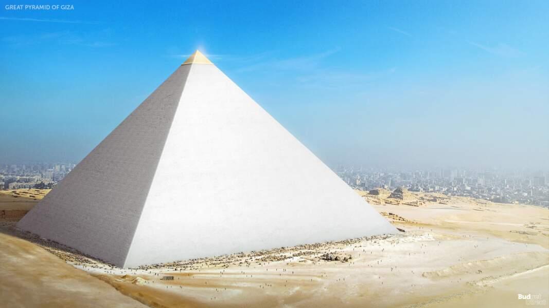 2 - La pyramide de Khéops à Gizeh