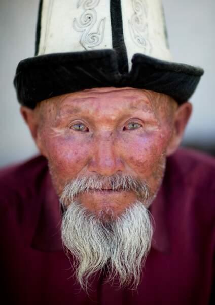 Vieil homme kirghiz