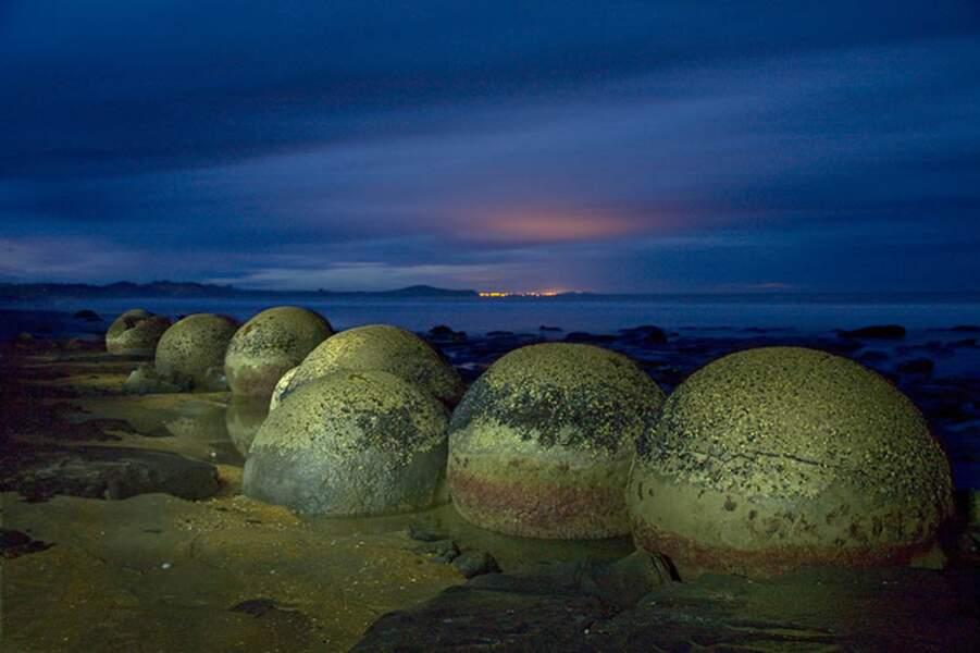 Moeraki Boulders, par Pierre-André Fautrier