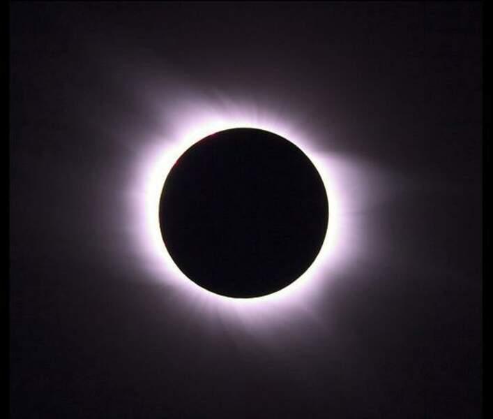 Eclipse solaire totale