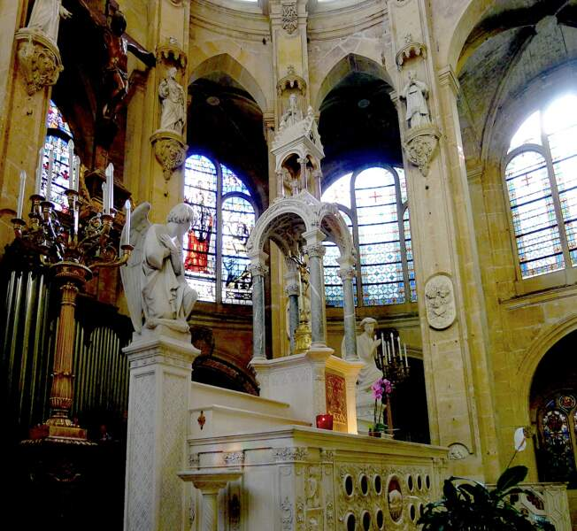 A Saint-Leu-Saint-Gilles repose la mère d'un empereur