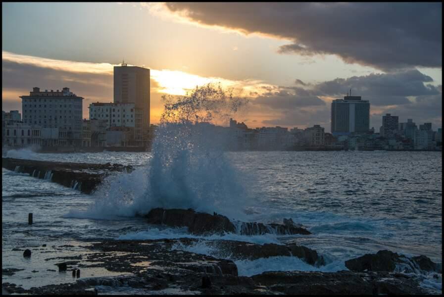 Malecon, la Havane, Cuba, par Reynald Schmid / Communauté GEO