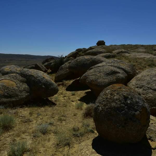 Torysh, roches sphériques formées il y a plus de 120 millions d'années