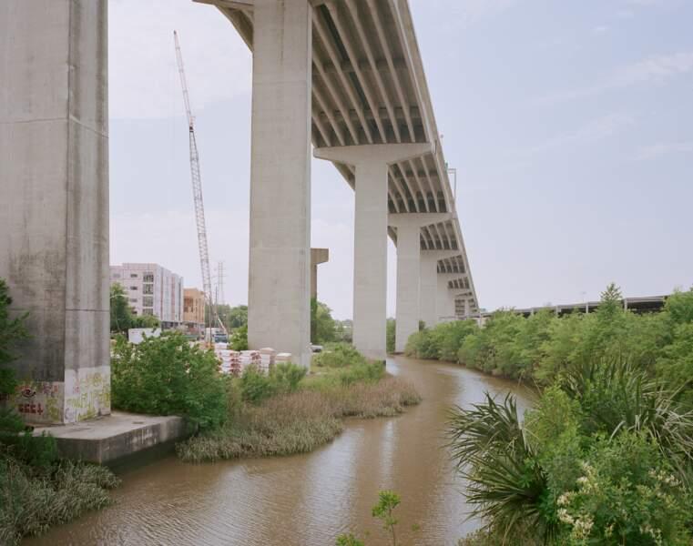 Aujourd'hui, plusieurs ponts relient l'archipel au littoral