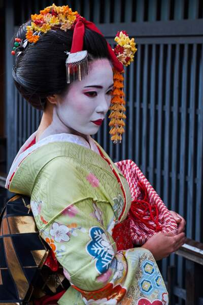Une Geisha dans le district de Gion