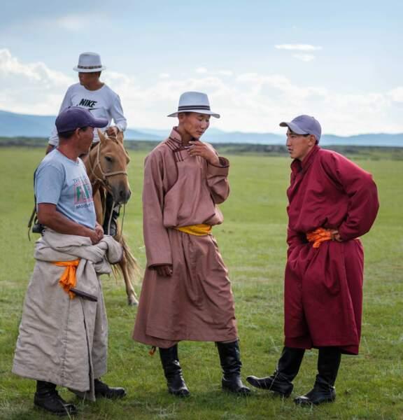 Participants au mini Naadam