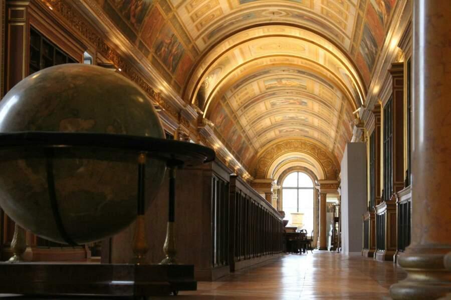 """Fontainebleau, la """"maison des siècles"""""""
