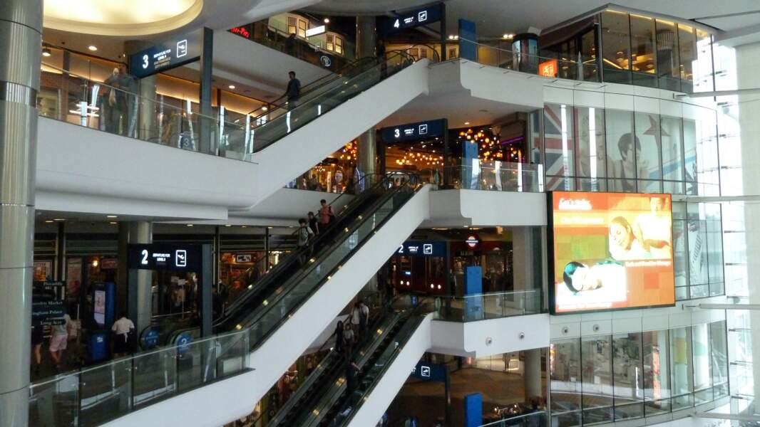 Terminal 21, un centre commercial insolite