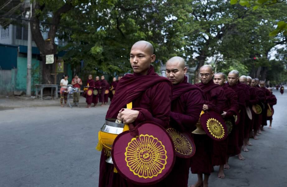 Moines de Mandalay