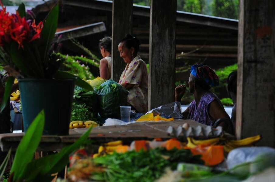 Marché de Cacao, ville Hmong