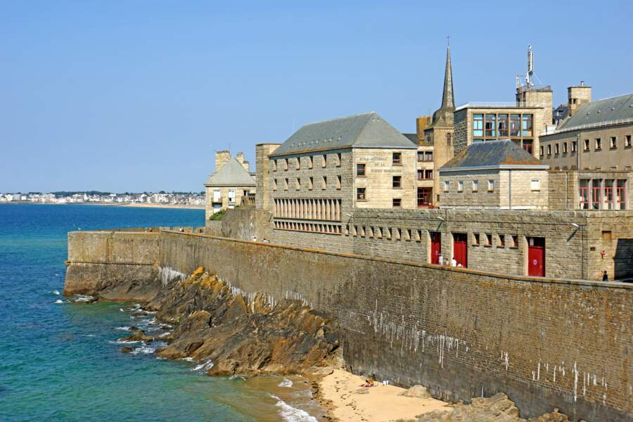 Les remparts de Saint-Malo, pour une marche en famille