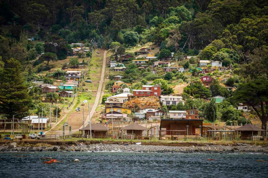 Un village contre le Pacifique