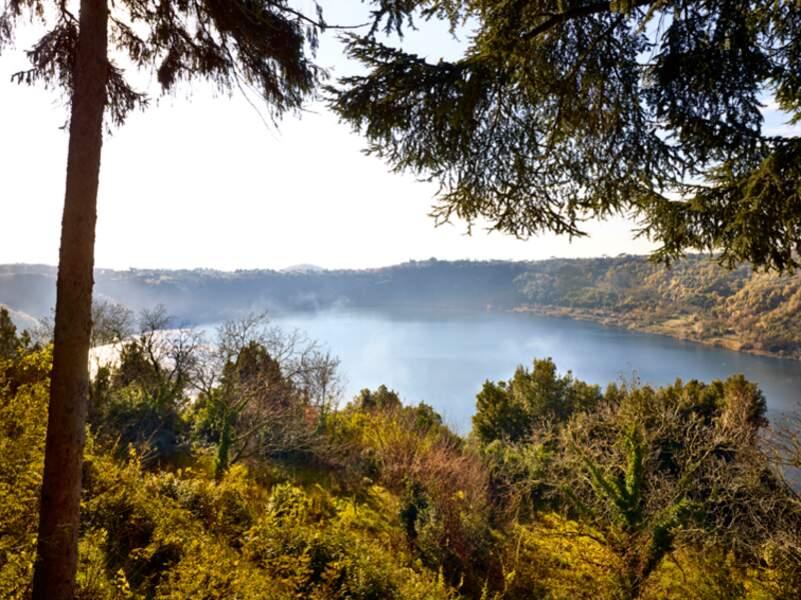 Lac de Vico, dans le Latium