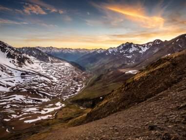 Les Pyrénées en majesté : pics enneigés, bastides flamboyantes, pays cathare…
