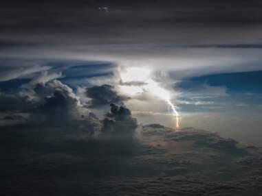 Vue du ciel : ce pilote équatorien prend des magnifiques photos depuis son avion