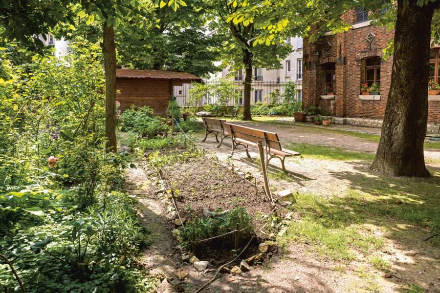 Le jardin Saint-Serge (19e)