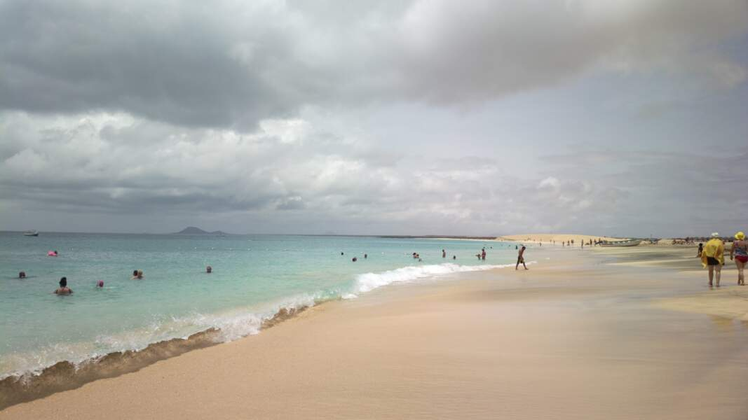 La plage de Santa Maria (Cap-Vert)
