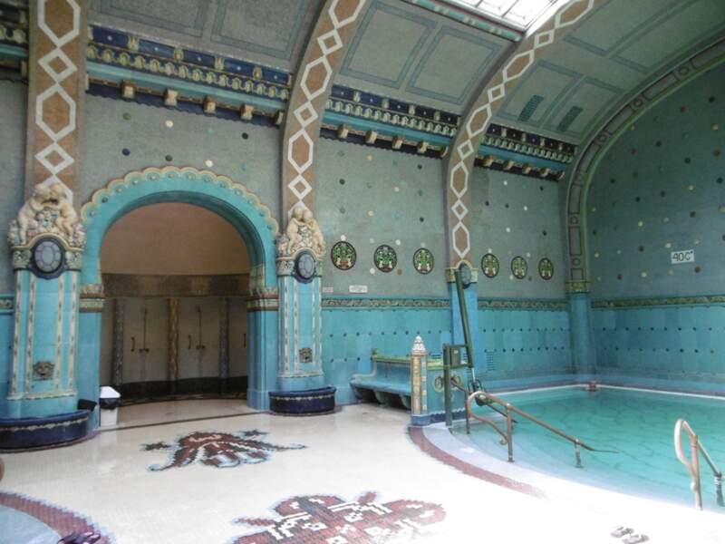 Hongrie - Une journée de détente aux bains Gellért à Budapest