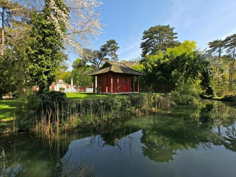 Jardin au Bois de Vincennes, à Paris, par izo