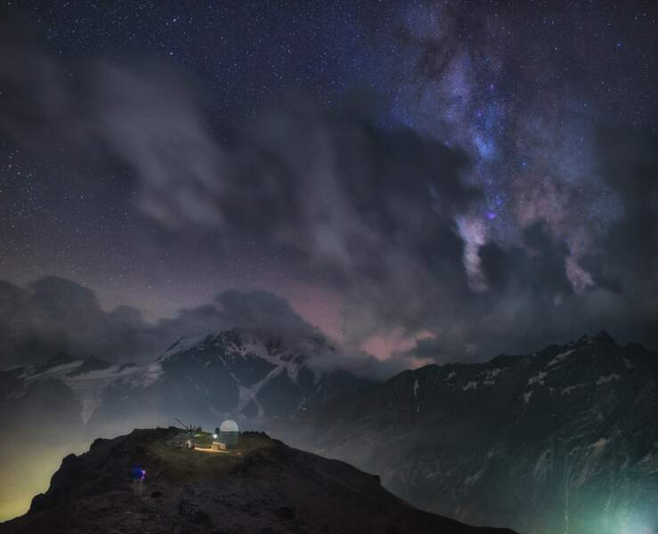 Mont Elbrouz, Russie : magie nocturne sur le toit de l'Europe