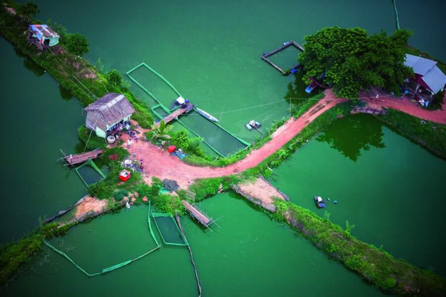 Le village flottant de Chong Khneas, au Cambodge