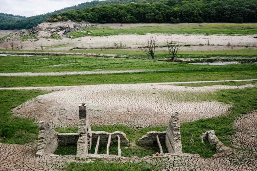 Lac de Guerlédan vidangé