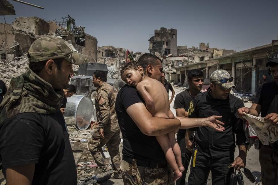 """La bataille de Mossoul côté forces spéciales irakiennes - Catégorie """"photo de l'année"""""""