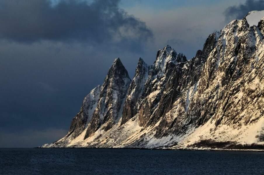 Photo prise entre Tromsø et l'île de Senja (Norvège) par le GEOnaute : chx74