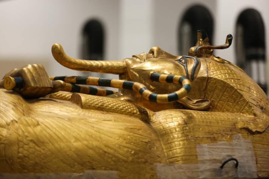 Le précieux sarcophage doré de Toutankhamon