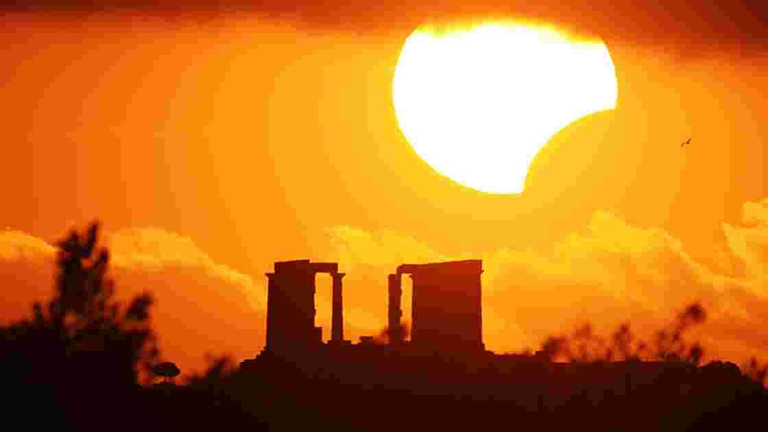 Eclipse solaire : comment la Lune occulte le Soleil !