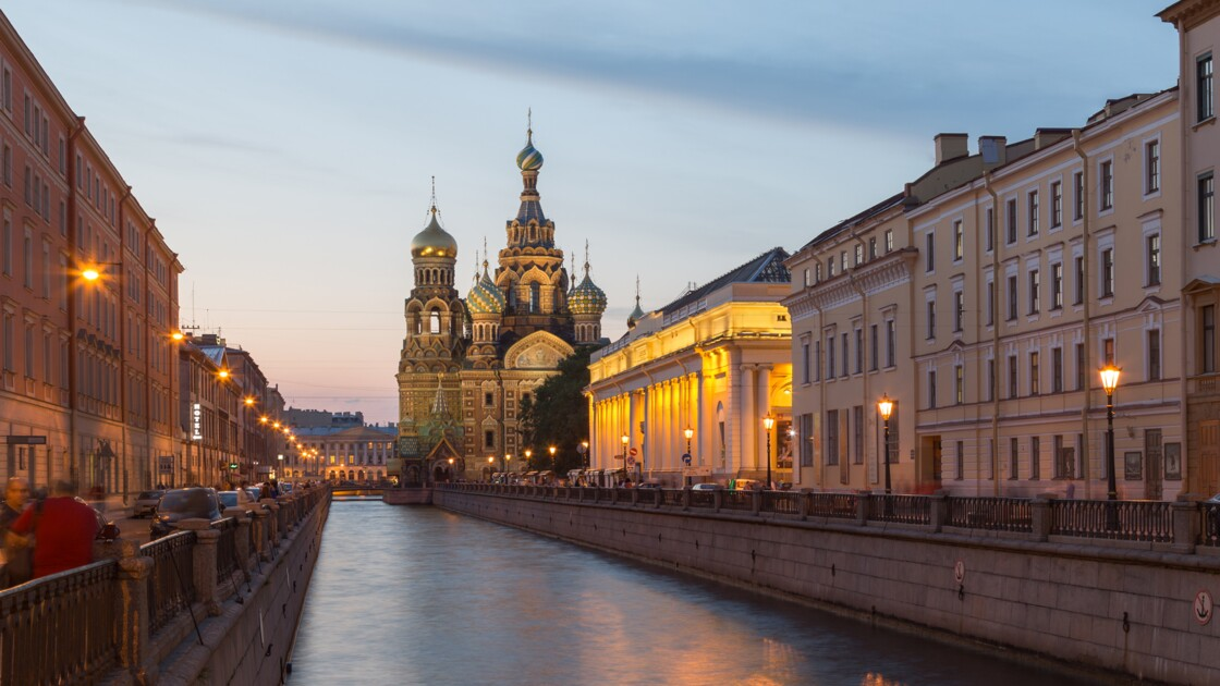 Saint-Pétersbourg, ville grandiose au charme magique