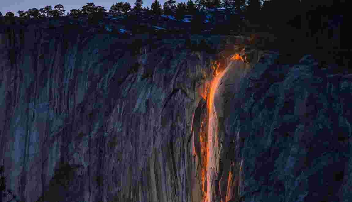 """Firefall"" : une cascade de feu à Yosemite"