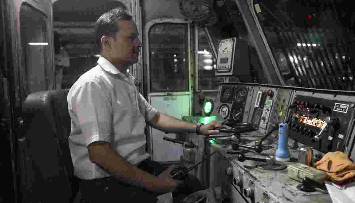 VIDÉO - L'Inde d'ouest en est à bord du Kolkata Mail
