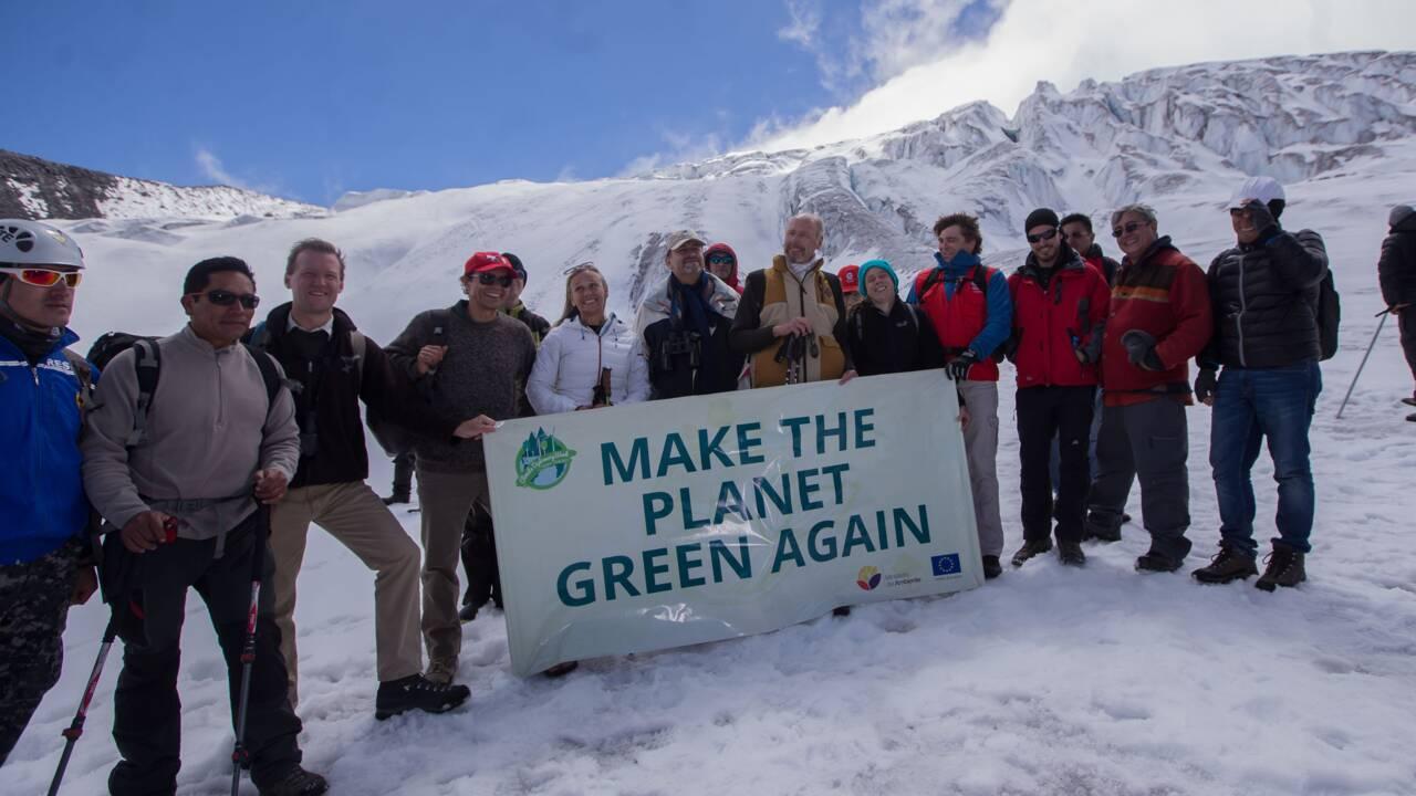 Réchauffement climatique: l'UE sonne l'alerte depuis un glacier andin