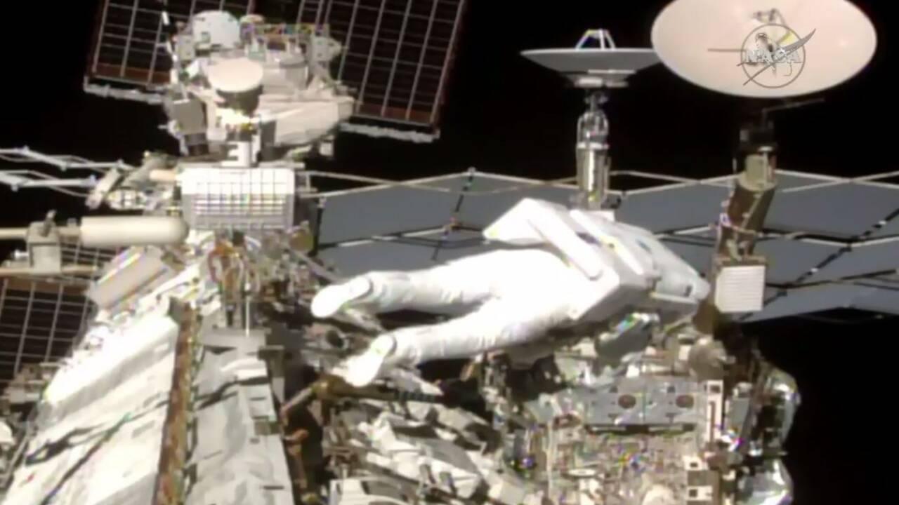 Deux astronautes, dont un Français, ont marché dans l'espace
