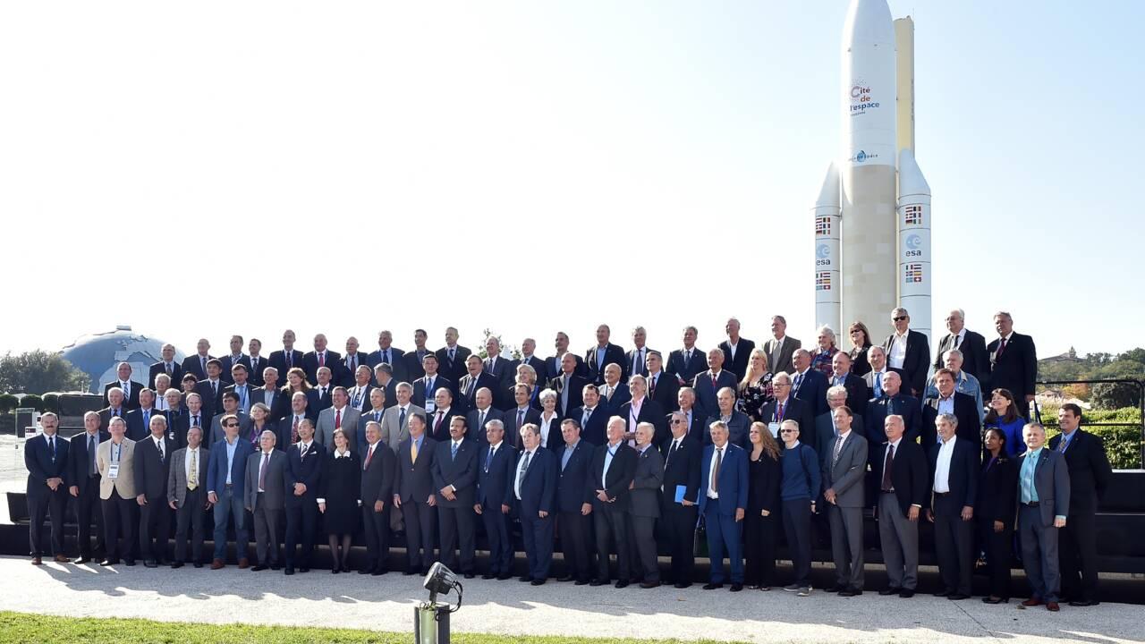 """Les astronautes """"prêts"""" à aller un jour sur Mars"""