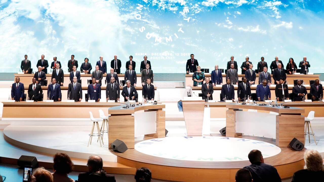 """Moins d'énergies fossiles, """"verdir"""" les investissements: les engagements du sommet climat"""